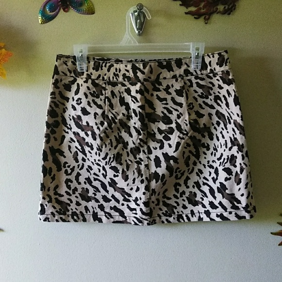 4a365441a Forever 21 Skirts | Animal Print Cheetah Leopard | Poshmark